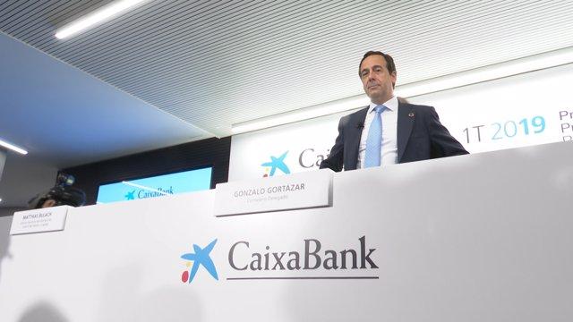 VÍDEO: Economía.- CaixaBank aclara al futuro Gobierno que el sector no es responsable de los errores de otras entidades