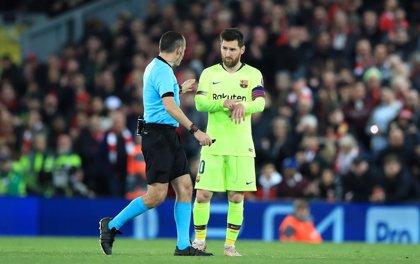 Insultan a Messi en el aeropuerto de Liverpool tras caer eliminado de la Champions League