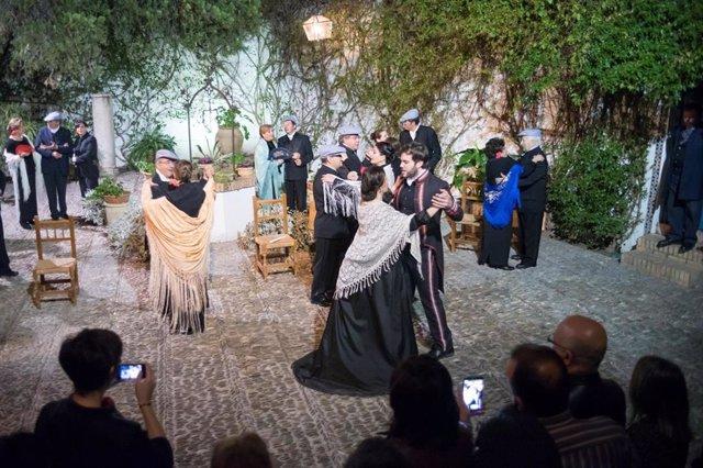 Representación de 'Patios de  Viana. Un musical de Palacio'