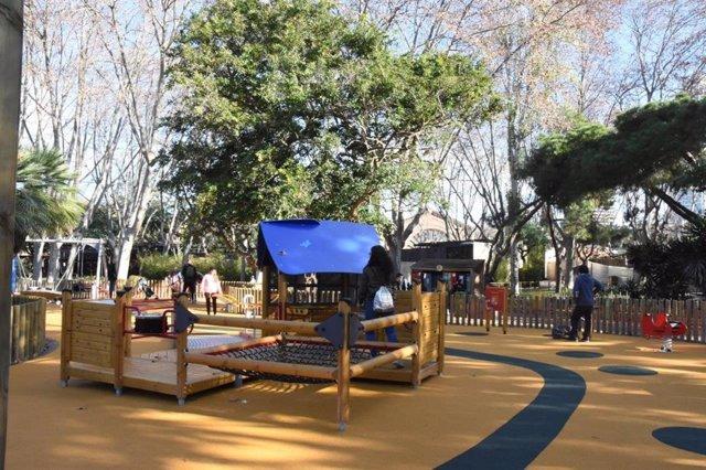 El Zoo de Barcelona estrena una zona de jocs inclusius
