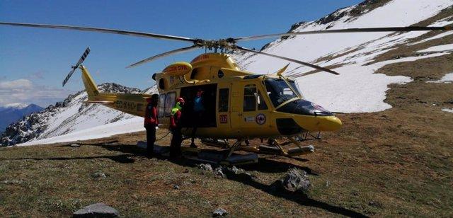 Rescatado un montañero con luxación de hombro en Picos de Europa