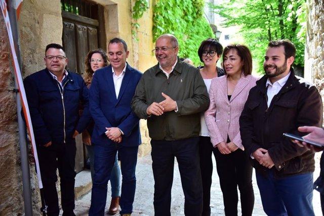 """26M.- Igea Anima A Los Castellanoleoneses A Apoyar A Ciudadanos """"Como Garantía Del Cambio"""""""