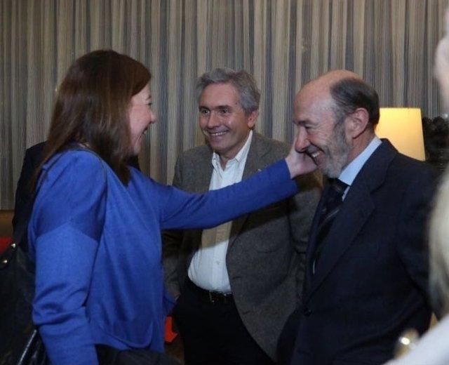 """Armengol se solidariza con Rubalcaba y le desea una """"rápida recuperación"""""""