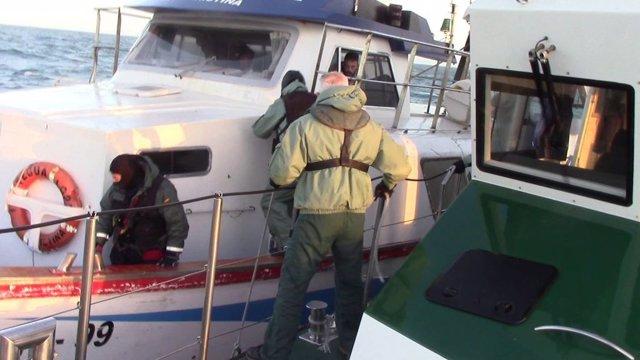Cádiz.-Sucesos.- Once detenidos de una organización que trasladaba droga de Marruecos a Sanlúcar en un barco de pesca