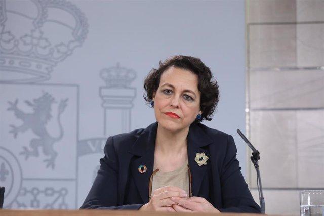 28A.- Magdalena Valerio participa este domingo en un acto del PSOE en Villafranca de los Barros (Badajoz)