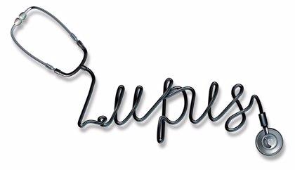 Lesiones cutáneas, fotosensibilidad y dolor articular, principales síntomas de lupus