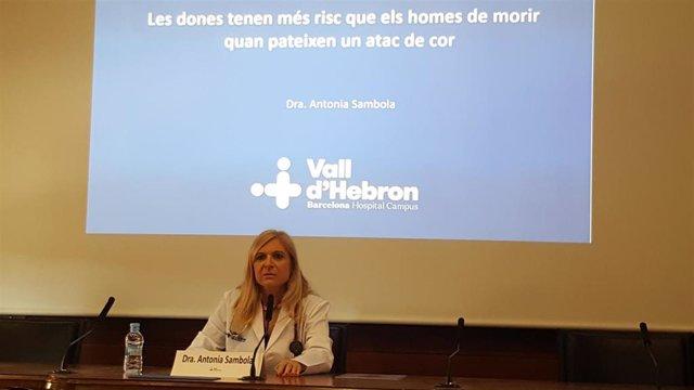 Un estudio del Vall d'Hebron revela que las mujeres mueren el doble que los hombres por infarto