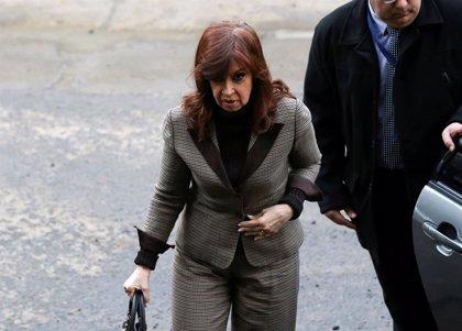 La Justicia argentina procesa a la expresidenta Fernández de Kirchner por la tenencia ilegal de documentos históricos