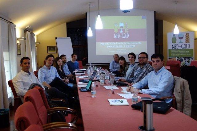 Málaga.- Dcoop celebra un Grupo Focal para evaluar la herramienta para el olivar diseñada por Med-Gold