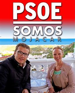 Manuel Zamora (PSOE) y Jessica Simpson (Somos Mojácar)