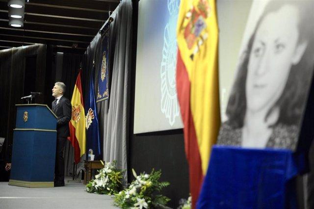 Homenaje en Bilbao a la primera agente de la Policía Nacional muerta en atentado terrorista, y al inspector Eduardo Puelles, asesinado por ETA en 2009