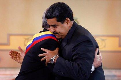 El 'plan de acción' de la Casa Blanca para romper la relación entre Venezuela y Cuba