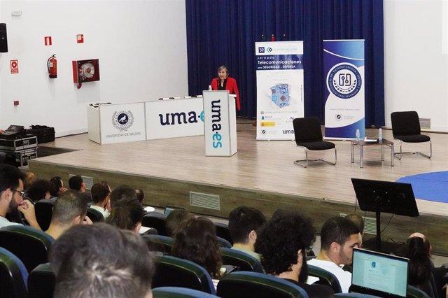 Málaga.- Expertos en tecnología, seguridad y defensa comparten una jornada en la ETSI de Telecomunicación de la UMA