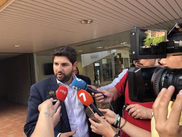 """26M.- López Miras Dice Que Encuesta CIS Está """"Desfasada"""" Y Que El PP Es El Único Que Puede """"Frenar"""" A PSOE Y Podemos"""