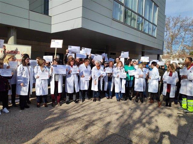 """CMancha-Médicos de Atención Primaría saldrán de nuevo a la calle este miércoles ante """"la falta de respuestas del Sescam"""""""