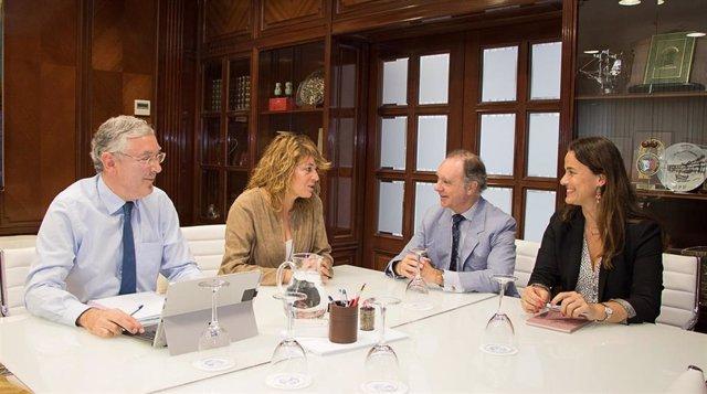 Huelva.-Puertos.-Autoridad Portuaria y Junta promoverán el puerto como  emplazamiento para la actividad empresarial