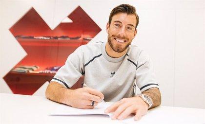 Sergi Enrich amplía su contrato con el Eibar hasta 2022