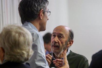 """Colau expresa sus condolencias a los seres queridos de Rubalcaba y a """"la gran familia socialista"""""""