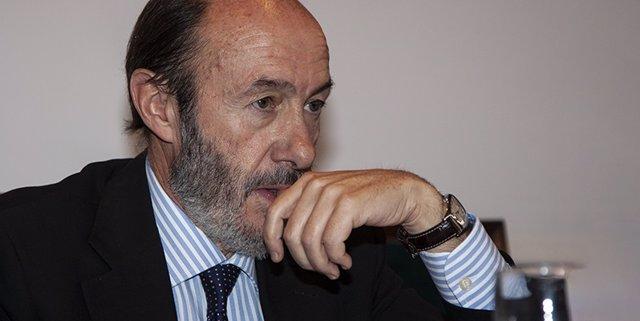 """El vicepresidente de la Generalitat define a Rubalcaba como """"una de las figuras más importantes del socialismo español"""""""