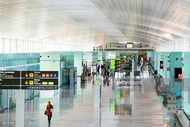 El aeropuerto de Barcelona inaugura la renovada Sala Vip Canudas en la Terminal T2
