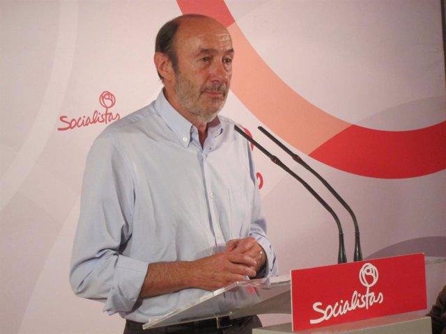 Alfredo Pérez Rubalcaba en su último acto público como secretario general PSOE