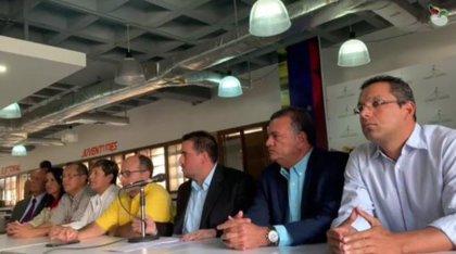 La Asamblea Nacional de Venezuela denuncia la persecución contra 15 diputados