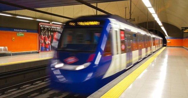 Sindicatos de Metro de Madrid denuncian que siete personas agreden a un maquinista en la estación de Peñagrande