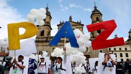 La persistente violencia o Maduro, entre los obstáculos para hacer realidad el acuerdo de paz en Colombia