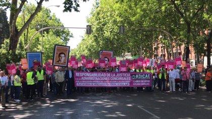 Adicae se manifiesta en toda España para exigir una solución política al caso 'Fórum-Afinsa'