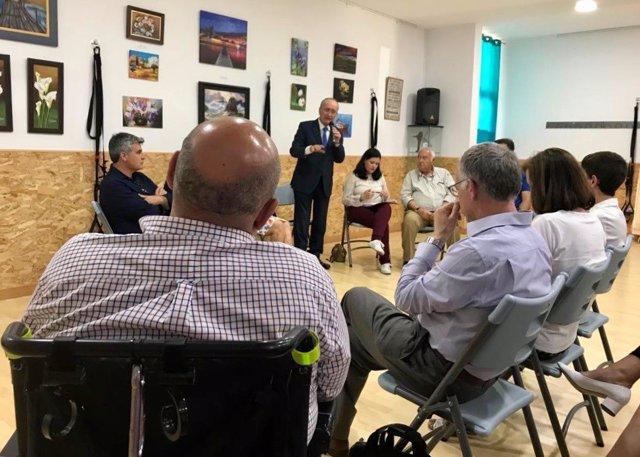 Málaga.- 26M.- De la Torre promete crear un plan de empleo para la inclusión de personas con discapacidad intelectual
