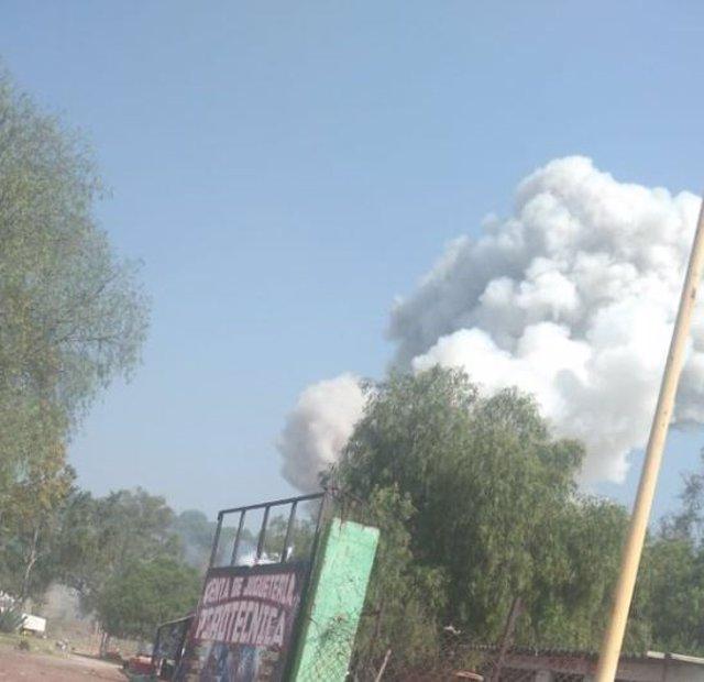 Muere una persona tras la explosión de un taller de pirotecnia en el municipio mexicano de Tultepec