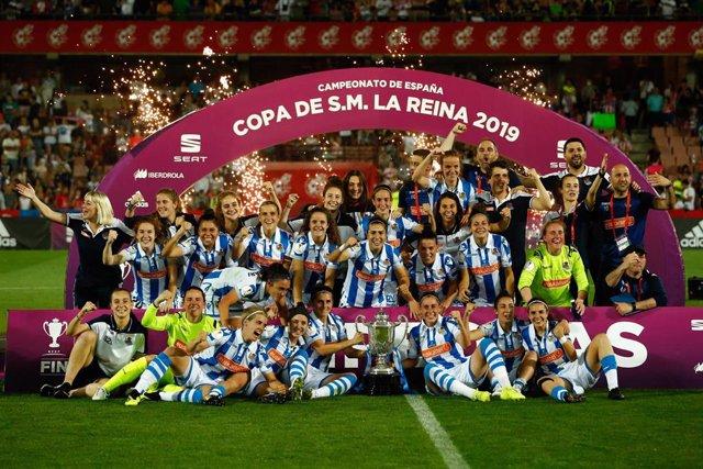 Final de la Copa de la Reina disputada entre Real Sociedad y Atlético de Madrid con la presencia de la Reina de España, Letizia Ortiz.