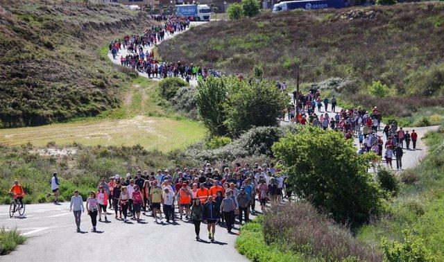 Unas 900 personas han participado este domingo en el último Paseo Saludable de esta edición