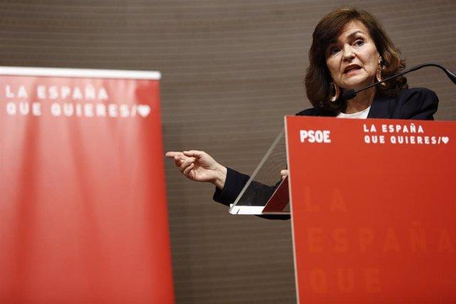 La vicepresidenta del Gobierno, Carmen Calvo, interviene en la presentación de las candidaturas del partido a las elecciones generales por la provincia