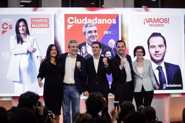 """España.- Rivera ofrece a Cs como la """"resistencia"""" en municipios y comunidades frente al Gobierno de Sánchez e Iglesias"""