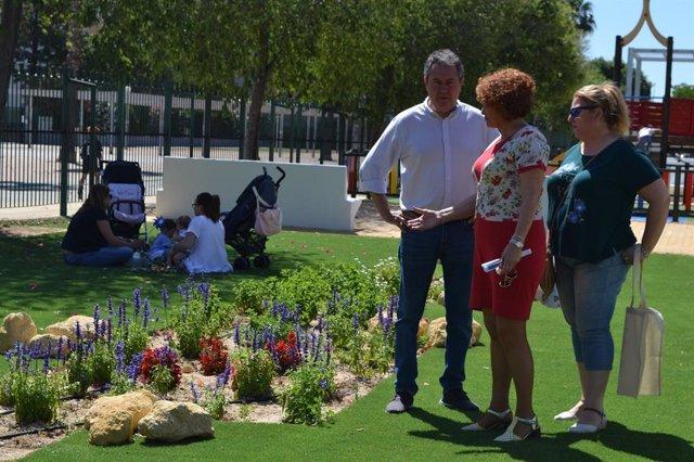"""Sevilla.-26M.-Espadas anuncia una reordenación de distritos para dar """"una respuesta más adecuada a barrios más poblados"""""""
