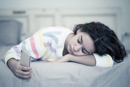 El uso de redes sociales en adolescentes se vincula con su grado de satisfacción