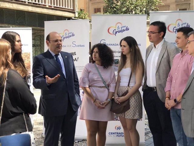 """Granada.-26M.- PP destaca """"empleo, acceso a vivienda y alternativas de ocio"""" como """"prioridades en políticas de juventud"""""""
