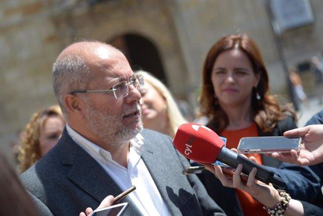 """26M.- Igea Apuesta Por Impulsar La Lectura Y Las Bibliotecas Porque """"Sin Cultura No Hay Hombres Ni Mujeres Libres"""""""