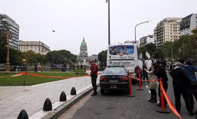 Argentina.- Muere el diputado argentino Héctor Olivares tras ser tiroteado junto al Congreso