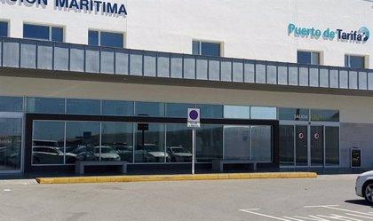 Cerrado al tráfico marítimo el puerto de Tarifa por el temporal de levante