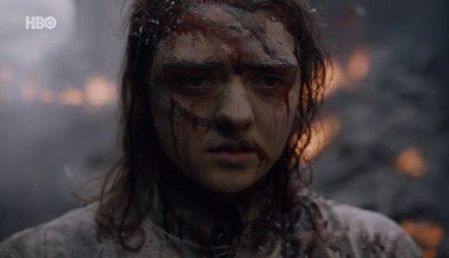 """Juego de Tronos desata la ira de sus fans con su penúltimo capítulo: """"Ojalá Arya agregue a su lista a Benioff y Wess"""""""