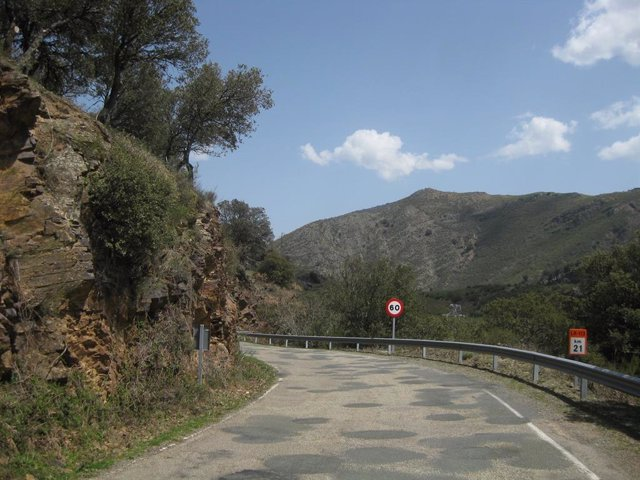 Adjudicadas las obras de mejora de la carretera del Alto Najerilla hasta la presa de Mansilla por 3,3 millones de euros