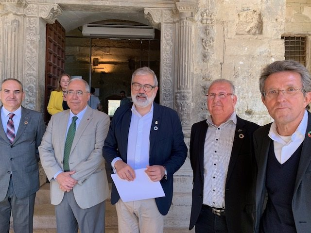 Agro.- Fruits de Ponent invierte 1,5 millones en paneles solares en Alcarràs (Lleida)