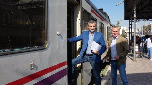 """Urralburu: """"Es hora ya de disponer de una red de transporte público similar a la que hay en Madrid o Barcelona"""""""