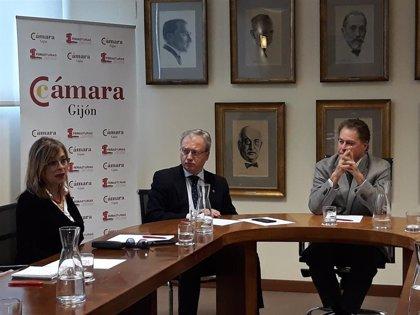 """Vallina (IU) apuesta por  poner el foco en Europa y """"no dejar pasar de largo"""" posibles ayudas para Asturias"""