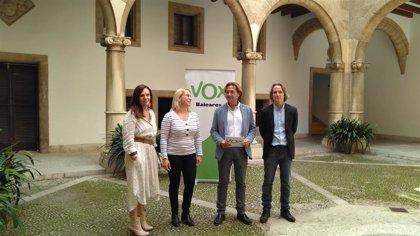 """Vox propone crear """"escuelas de alfabetización"""" para extranjeros en todos los niveles educativos de Baleares"""