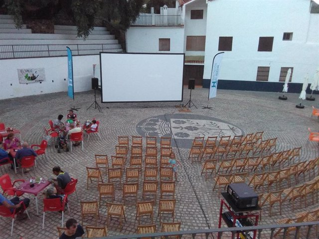 Huelva.- Diputación lanza la convocatoria de la campaña 'Cine en el pueblo' para municipios menores de 3.000 habitantes