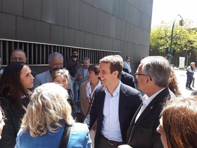 """26M.- Casado Afirma Que El PP """"Respeta"""" La Constitución, """"Incluidos El Fuero Y El Convenio"""""""