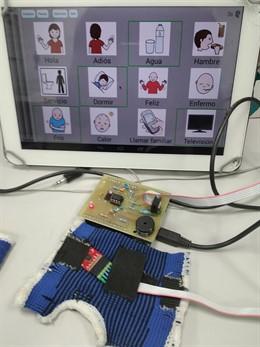 Sevilla.- Científicos de la Universidad de Sevilla patentan un detector de movimientos en niños con parálisis